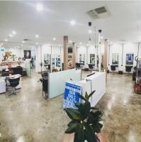 ACQUA LOUNGE HAIR STUDIO